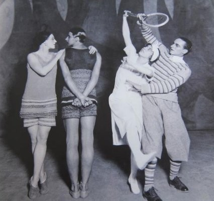 Костюмы Коко Шанель к балету «Голубой экспресс», 1924 год. Изображение № 2.