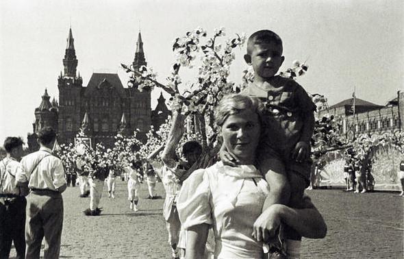 Парад, 1935 г.. Изображение № 1.