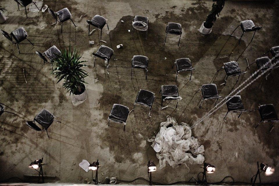 «Три четыре»: Фоторепортаж с репетиции оперы в подвале Москва-Сити. Изображение № 2.