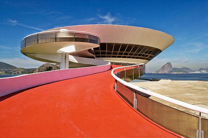 Музей современного искусства в Нитерои (недалеко от Рио-де-Жанейро).. Изображение № 7.