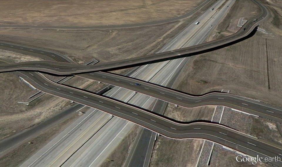32 фотографии из Google Earth, противоречащие здравому смыслу. Изображение № 29.