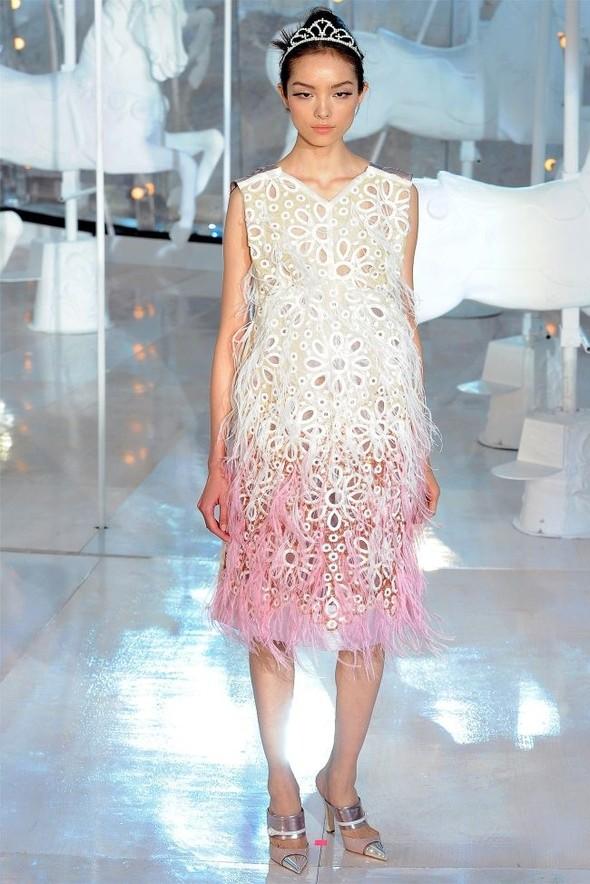 Неделя моды в Париже: Louis Vuitton весна 2012. Изображение № 46.