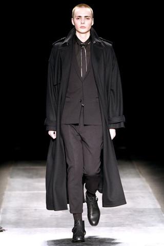 Неделя моды в Париже: мужские показы. Изображение № 75.