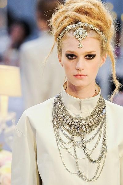 Детали с показа Chanel Pre-Fall 2012. Изображение № 3.