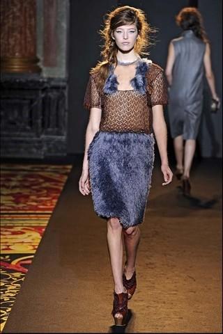 Алена Ахмадуллина на Парижской неделе моды. Изображение № 25.
