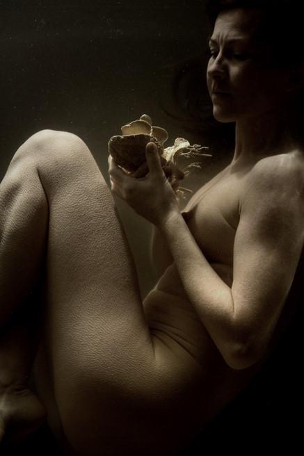 Тонкие материи в фотографии Томека Янковски. Изображение № 3.