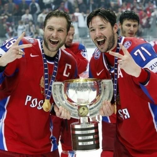 Сборная России похоккею вновь стала чемпионом мира. Изображение № 1.