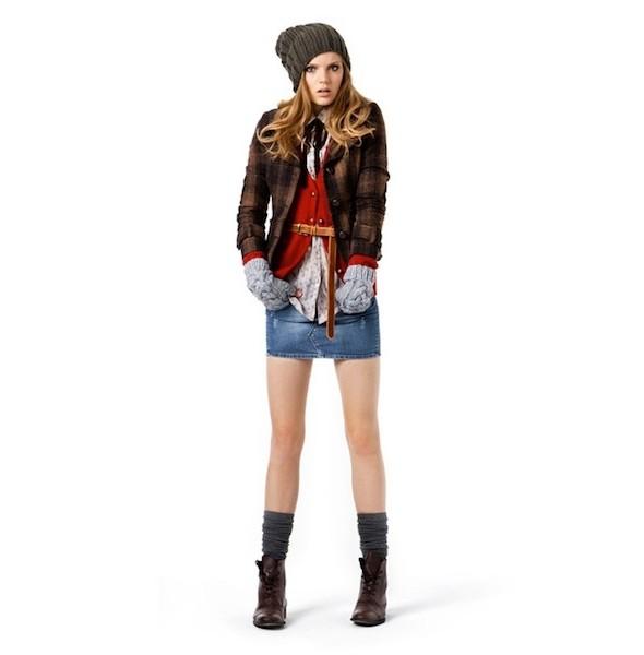Женские лукбуки: Lauren Moffatt, Zara TRF и Urban Outfitters. Изображение № 13.