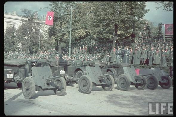 100 цветных фотографий третьего рейха. Изображение № 36.
