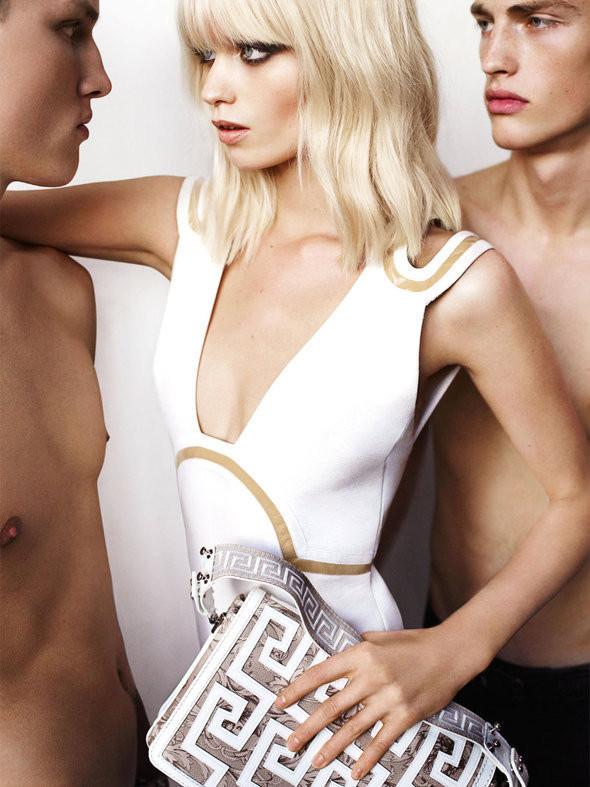 Изображение 21. Рекламные кампании: Chloe, Jean Paul Gaultier, Michael Kors и Versace.. Изображение № 22.