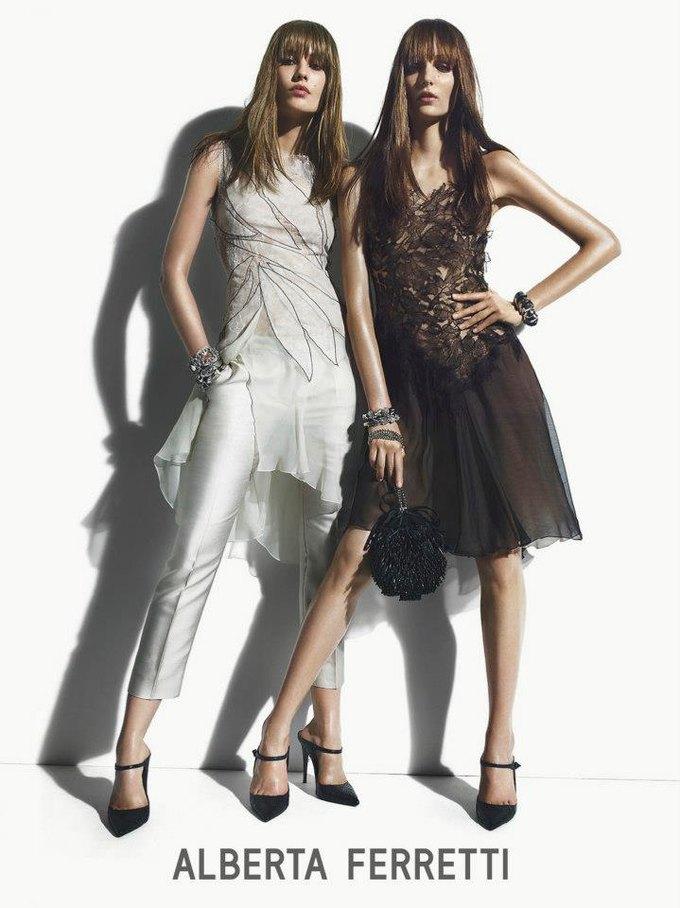 Alberta Ferretti, DKNY и Moschino показали новые кампании. Изображение № 8.