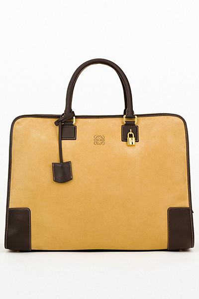 Изображение 79. Лукбуки: Louis Vuitton, Viktor & Rolf, Kenzo и другие.. Изображение № 138.