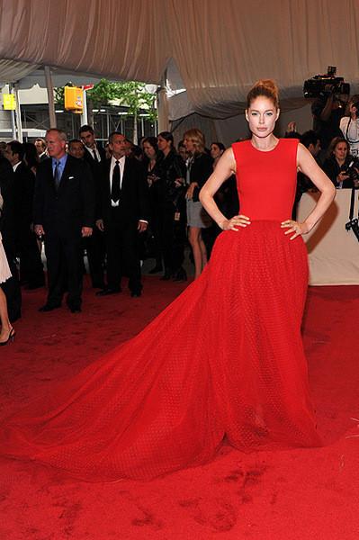 Изображение 7. 2011 MET Costume Institute Gala - Models style.. Изображение № 8.