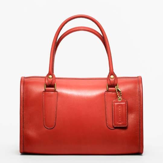 Лукбук: сумки Coach Classics. Изображение № 10.