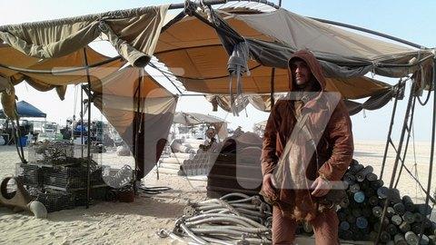 Опубликованы 45 фотографий со съёмок новых «Звёздных войн». Изображение № 11.