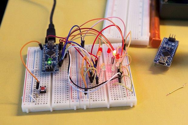 Как сделать передатчик сигнала SOS с помощью платформы Arduino. Изображение № 15.