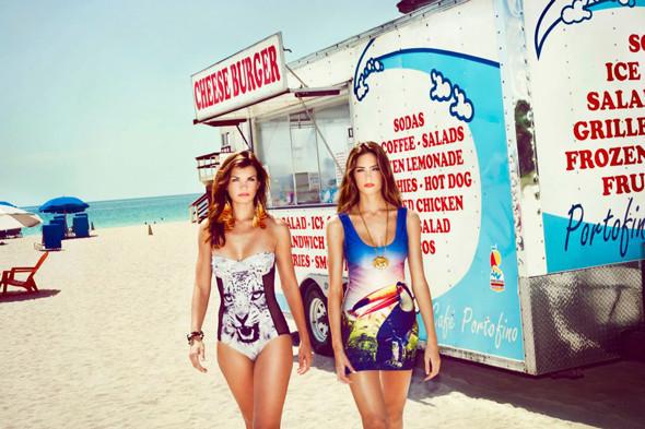 Пляжный сезон: 10 марок купальников. Изображение №82.