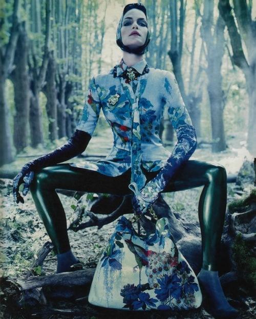 Fashion Advertisements, Выпуск 11 лучшие фотографии изрекламных кампаний модных брендов 2008. Изображение № 27.