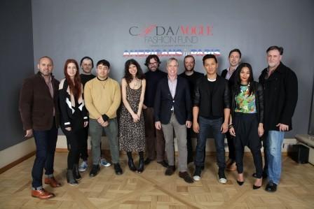 Молодые дизайнеры и Тренчи Tommy Hilfiger. Изображение № 1.