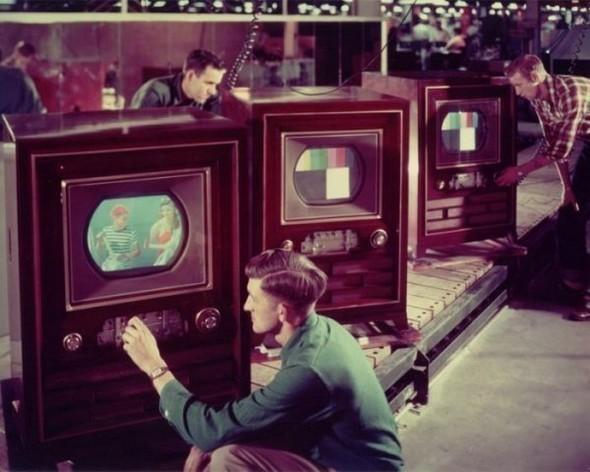 Накаком телевизоре вдетстве тысмотрел мультики?. Изображение № 45.
