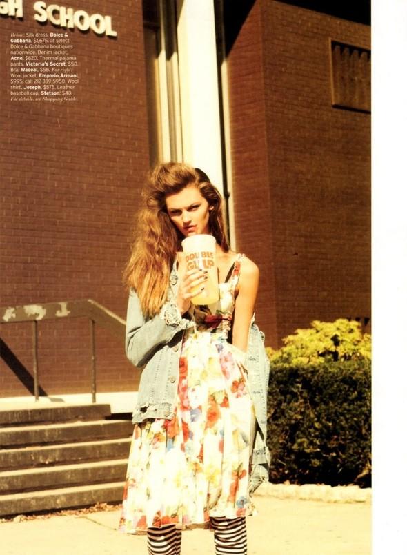 Съёмка: Али Стивенс для Elle. Изображение № 2.