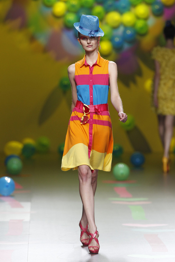 Madrid Fashion Week SS 2012: Agatha Ruiz de la Prada. Изображение № 21.