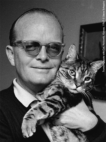 Трумен Капоте с кошкой, 1967. Изображение № 18.