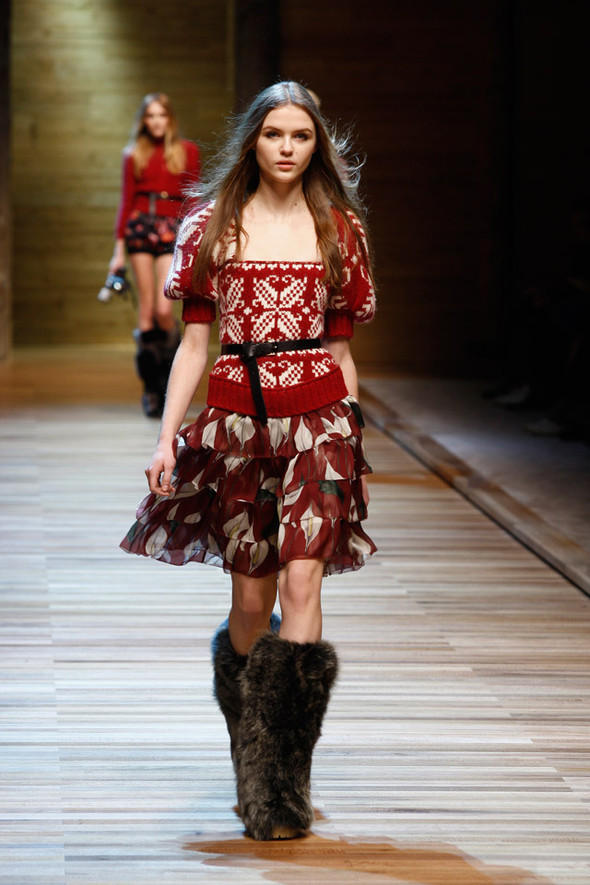 Dolce & Gabbana Fashion Show Winter 2011. Изображение № 4.