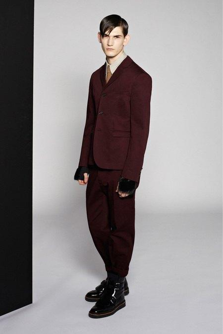 Marni и Marc Jacobs выпустили новые лукбуки. Изображение № 19.