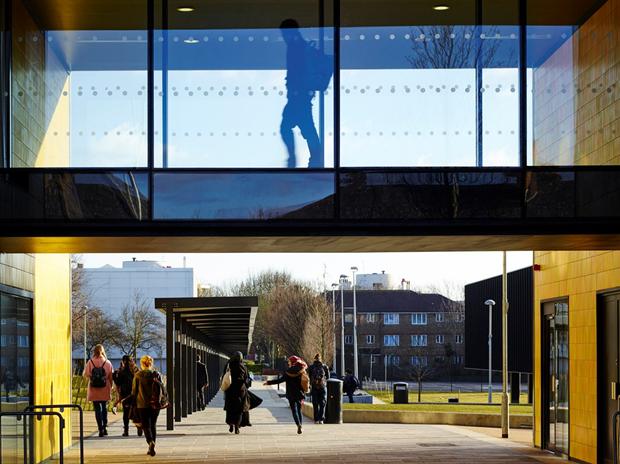 Школа в Бёрнтвуде (Англия) / Allford Hall Monaghan Morris. Изображение № 6.