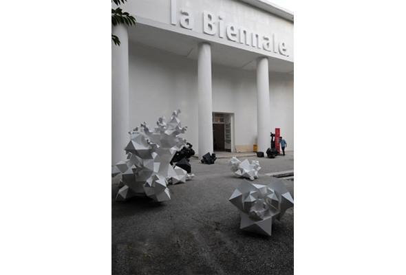 Шесть масштабных проектов Design Miami и Art Basel Miami Beach 2010. Изображение № 12.