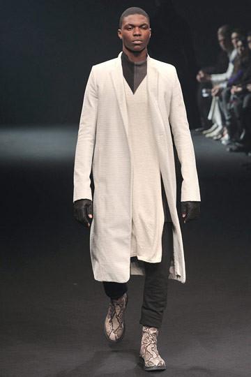 Неделя моды в Париже: мужские показы. Изображение № 48.