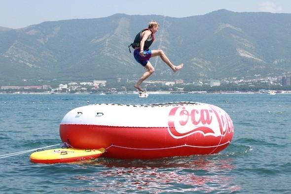 Артем Разумейко – главный победитель промо-кампании Coca-Cola «Проведи. Изображение № 11.