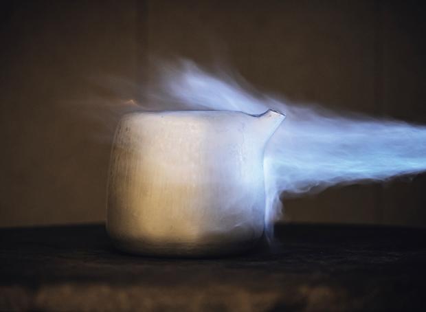 Дизайнер Марк Ньюсон создал серебряный чайный сервиз. Изображение № 12.