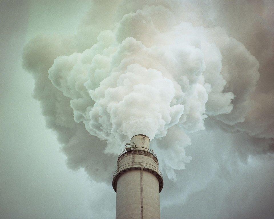 Красивые, но пугающие столкновения природы и индустрии. Изображение № 3.