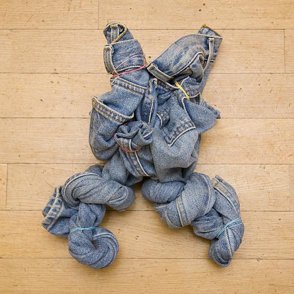 Каксварить джинсы. Изображение №7.