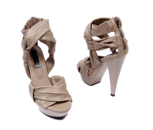 Лукбуки: обувь. Изображение № 34.