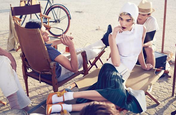 Съёмки: Elle, i-D и Vogue. Изображение № 27.