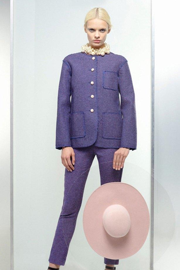 Показаны новые лукбуки Balenciaga, Chanel и Zac Posen. Изображение № 5.
