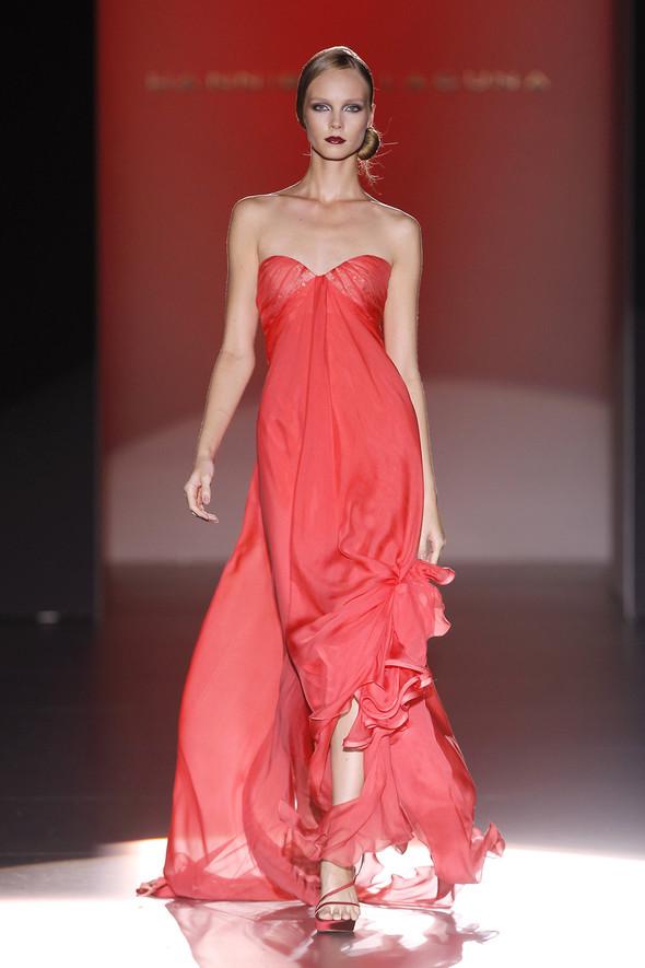 Madrid Fashion Week SS 2012: Hannibal Laguna. Изображение № 27.