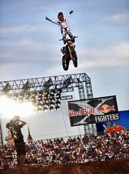 Red Bull X-Fighters 2010 Москва Россия. Изображение № 2.