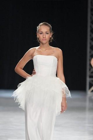 """""""Выбираем свадебное платье!"""" 93 идеи ведущих дизайнеров. Изображение № 15."""