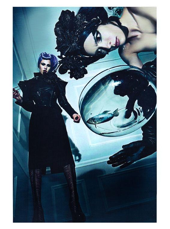 Съёмка: Стивен Кляйн для итальянского Vogue. Изображение № 12.