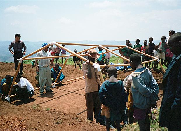 Укрытия для африканских беженцев, 1995 год. Изображение № 9.