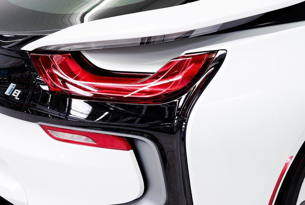 Фабрика BMW авторства Захи Хадид вызывает мурашки у роботов. Изображение № 15.