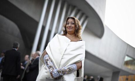 Заха Хадид на фоне MAXXI. Изображение №5.
