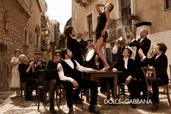 Кампании: Balenciaga, Celine, Dolce & Gabbana и другие. Изображение № 21.