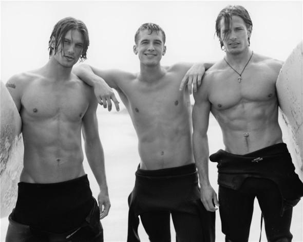 Surfers. Изображение № 21.