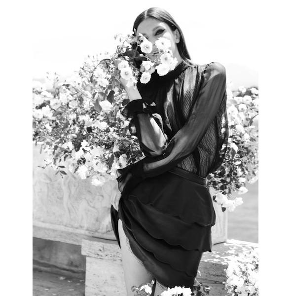 5 новых съемок: Harper's Bazaar, Qvest, POP и Vogue. Изображение № 44.