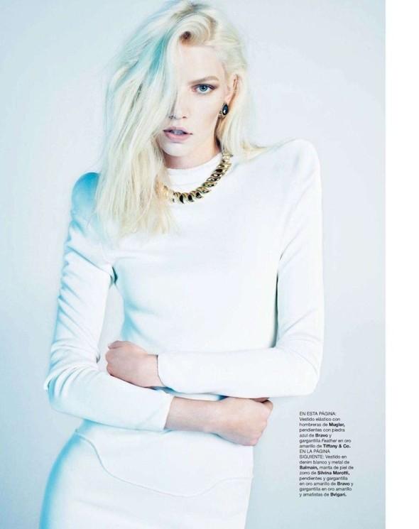 Съёмка: Алин Вебер для Harper's Bazaar. Изображение № 6.